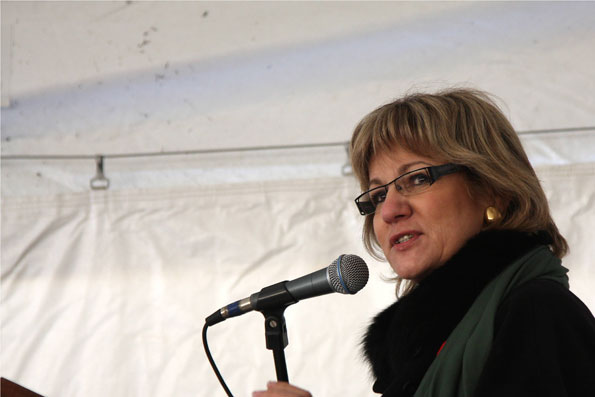 The Honourable Lynne Yelich, Minister of State for Western Economic Diversification.