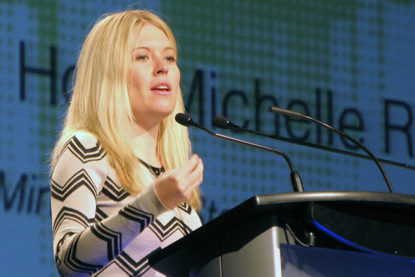 Minister Rempel addresses participants at the National Supply Chain Forum in Calgary, Alberta.